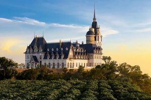 'Cả một trời Âu thương nhớ' tại tòa lâu đài tráng lệ trên đỉnh Tam Đảo