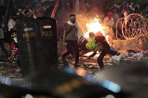 Bạo loạn sau bầu cử Tổng thống Indonesia, Jakarta thành 'chiến trường'