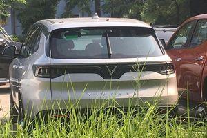 Xe VinFast Lux SA2.0 lộ ảnh tại Cục Đăng kiểm