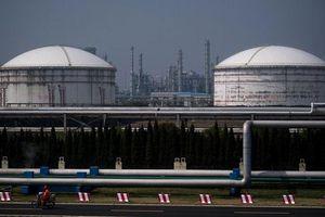 Giá dầu tăng hơn 1% sau khi Mỹ thông báo điều thêm quân đến Trung Đông