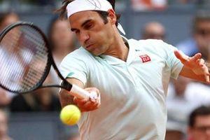 Federer đầy cảm xúc trong lần trở lại Paris