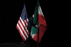 Iran có 'vũ khí bí mật' để đánh chìm tàu sân bay của Mỹ?