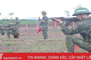 120 chiến sỹ mới Trung đoàn 841 thực hành bắn súng tiểu liên, ném lựu đạn