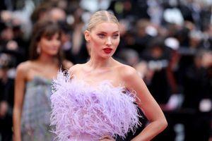 Elsa Hosk rực rỡ với váy tím dự LHP Cannes