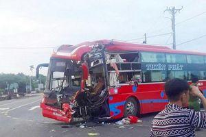 Gia Lai: Hai xe khách đấu đầu, 6 người thương vong