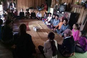Plan giúp phụ nữ thiểu số tạo dựng niềm tin từ mô hình vốn vay thôn bản