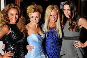 Spice Girls tái hợp khiến người hâm mộ sửng sốt?