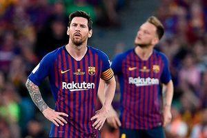 Barcelona 1-2 Valencia: Messi thắp lại hy vọng
