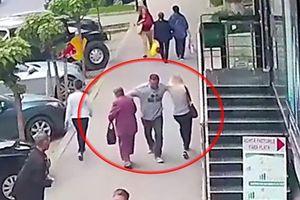 Gã say vung tay đấm thẳng vào ngực 2 phụ nữ trên phố