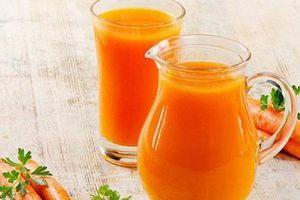 Mách bạn cách làm nước ép cà rốt để có vòng eo thon gọn và làn da căng mịn
