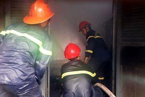 Cháy ngút trời tại Trung tâm Nghiên cứu thực nghiệm Nông - Lâm nghiệp