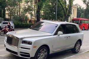Rolls-Royce 41 tỷ đồng của đại gia bí ẩn bất ngờ xuất hiện ở Hà Nội