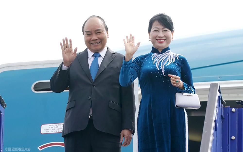 Thủ tướng đến Stockholm, bắt đầu chuyến thăm chính thức Thụy Điển