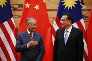 Thủ tướng Mahathir Mohamad (4): Quay lại chính trường, thận trọng với Trung Quốc