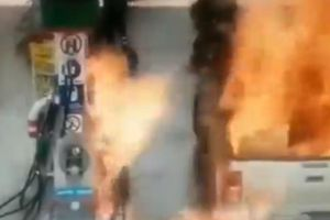 Bé gái bị bỏng vì sờ vào bình xăng đang bơm