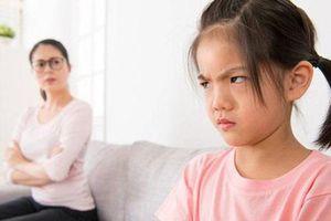 3 thói quen xấu của cha mẹ khiến IQ con trẻ giảm sút