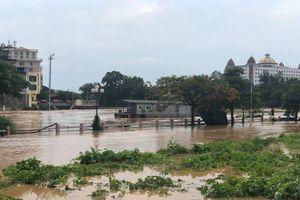Mưa lũ lớn tại Quảng Ninh, 1 người mất tích