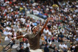 Federer có chiến thắng đầu tiên tại Pháp mở rộng sau 4 năm