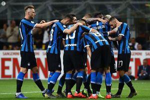 Inter hạ Milan trong cuộc đua giành vé dự Champions League