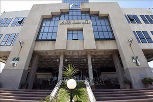 Hai cựu thủ tướng Algeria bị điều tra tham nhũng