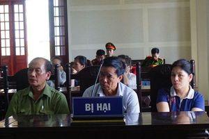 Nghệ An: Cho mượn sổ đỏ, gần 10 năm khốn khổ theo hầu tòa