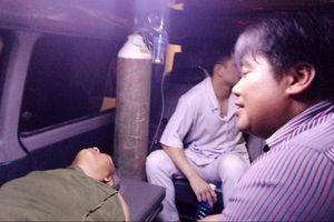 Quảng Nam: Cát tặc hung hãn lao xe ben tông trọng thương cán bộ kiểm tra