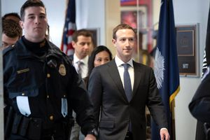 Chi phí để bảo vệ Tim Cook, Mark Zuckerberg lớn cỡ nào?