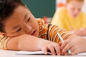 Thầy giáo ra 6 bài tập hè khiến phụ huynh giật mình: 'Nghỉ hè của con đâu rồi?'