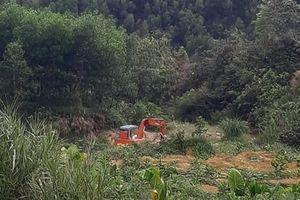 TT-Huế: Chính quyền bất lực, 'cát tặc' ngang nhiên rút ruột suối Máu?!