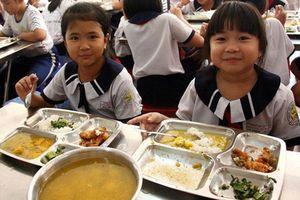 Ngăn chặn thực phẩm 'bẩn' vào trường học