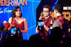Hàng nghìn khán giả phấn khích khi gặp 'Spider-Man' Tom Holland
