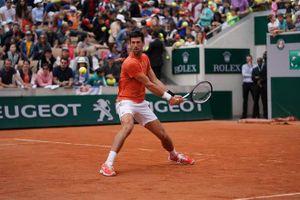 Djokovic nhẹ nhàng vượt qua vòng 1 Roland Garros 2019