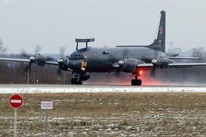 Nga điều Il-38N với thiết bị đặc biệt đến Bắc Cực