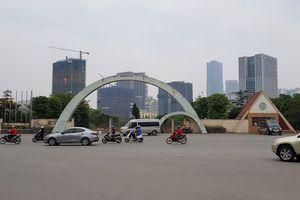 Vụ 'xẻ thịt' công viên Cầu Giấy: Quận Cầu Giấy báo cáo gì lên TP Hà Nội?