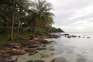 Phía sau Kok Rong là một 'thiên đường'