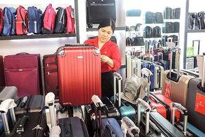 Thị trường vali kéo bắt đầu 'đắt khách' trước mùa du lịch