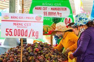 Hoa quả giảm giá 20-30% tại Lễ hội Trái cây Nam bộ