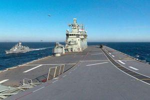 Tàu Australia bị tàu Trung Quốc 'bám đuôi' trên Biển Đông