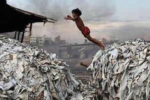 Trái đất trước nguy cơ đe dọa của rác thải