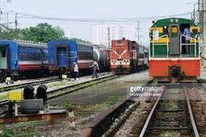 Đường sắt giảm giá vé nhiều mác tàu khứ hồi tuyến Bắc - Nam