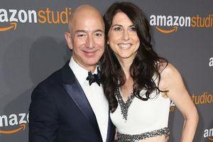 Vợ cũ của tỉ phú Bezos dành một nửa tài sản cho từ thiện