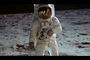 Samsung và CNN tái hiện hành trình lịch sử Apollo 11 đổ bộ Mặt Trăng