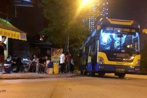 Xe khách Đồng hương Sông lam chui sâu vào nội đô lập bến 'cóc'