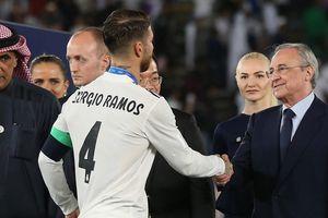 Sergio Ramos bị làm khó
