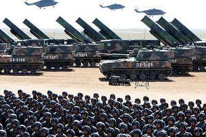 Trung Quốc công bố 'sát thủ' máy bay không người lái và tên lửa hành trình
