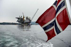 Đầu tư vào ngành dầu mỏ Na Uy bất ngờ tăng mạnh