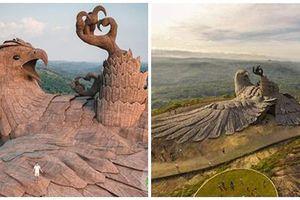 Tượng đại bàng to nhất thế giới, mất 10 năm xây dựng ở Ấn Độ