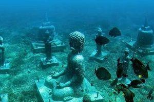 Đến Bali (Indonesia) truy tìm 'Giọt Nước Mắt Quỷ' và vườn tượng Phật dưới đáy đại dương