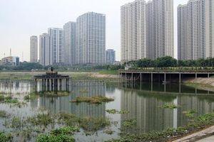 Hà Nội: Hồ điều hòa hàng trăm tỷ ô nhiễm, bốc mùi hôi thối