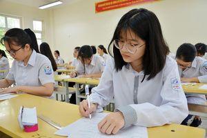 Gần 8.000 giáo viên tham gia coi thi lớp 10 tại Hà Nội